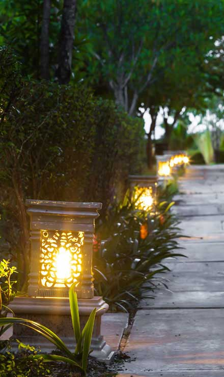 Land Master Contracting Ltd. Residential Landscape Lighting